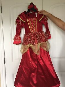 Girls size 7 queen/princess costume