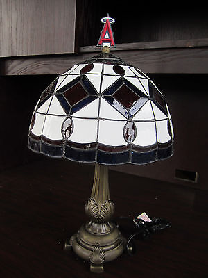 (LOS ANGELES ANGELS Of ANAHEIM Tiffany Stained Glass Table Lamp NEW IN BOX MLB)