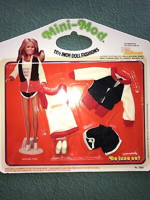 MNI MOD NRFB BARBIE CLONE FASHION, 60S OR 70S