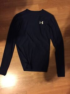 Under Armour long sleeve tight fitting workout shirt