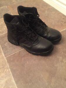 BRAND NEW Bates Tactical Boots BEST OFFER