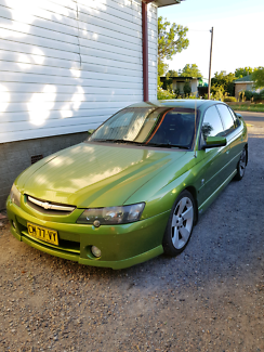 Vy ss Commodore hsv