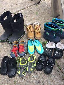 Souliers / chaussures / bottes de pluie