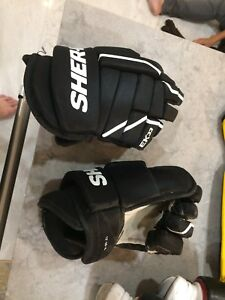Sherwood EX33 gloves