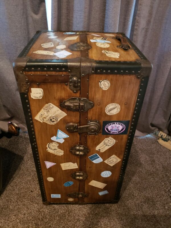 Vintage Excelsior Steamer Trunk Travel Stickers Wooden Hangers
