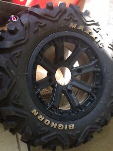 Single tire and rim fits rzr 26x9r14