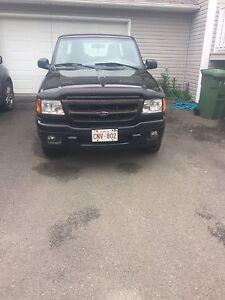 MAKE AN OFFER 2005 Ford Ranger!