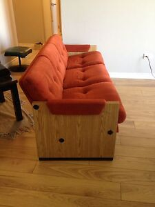 FOR SALE: Vintage Couch