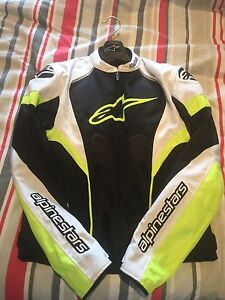 ALPINESTARS T-GP PLUS R AIR BLACK/WHITE/YELLOW JACKET - Size M Cabarita Canada Bay Area Preview