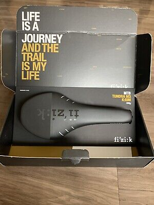 fi/'z:k FIZIK Tundra M3 Carbon Braided MTB Saddle Made for Cross Country