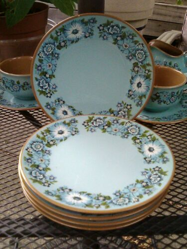 "Taylor Smith & Taylor Azura Bread / dessert Plates 7"" wide  Set of 5"