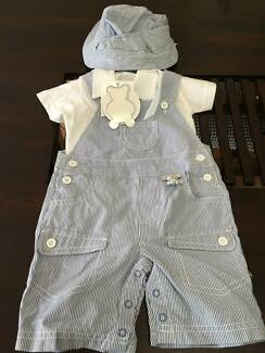 Baby New Clothes outfits size 00