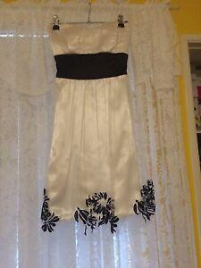 White Boobtube Dress Cockburn Peterborough Area Preview