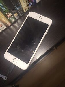 iPhone 6 Silver 16gb with Bell