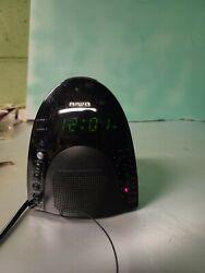Aiwa AM/FM Alarm Clock Radio FR-A305U Black.