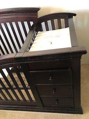 Sorelle Furniture Verona Crib & Changer in Espresso, Model 2750-E