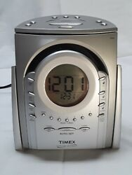 Timex T621T Nature Sounds AM/FM Radio CD Player Alarm Clock