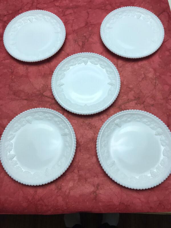 Westmoreland Beaded Grape Dessert Plates (5)