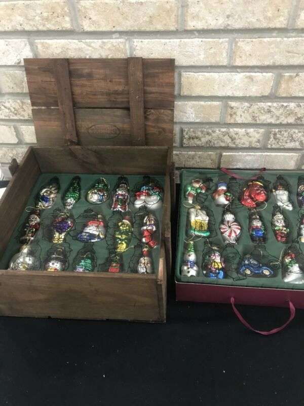 Thomas Pacconi Museum Series Christmas Ornaments- 30 piece set in wooden box