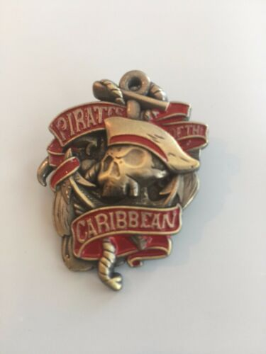 DISNEY PIN PIRATES OF THE CARIBBEAN - 1 PIN AS SHOWN