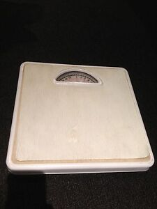 Bathroom scale Glen Waverley Monash Area Preview