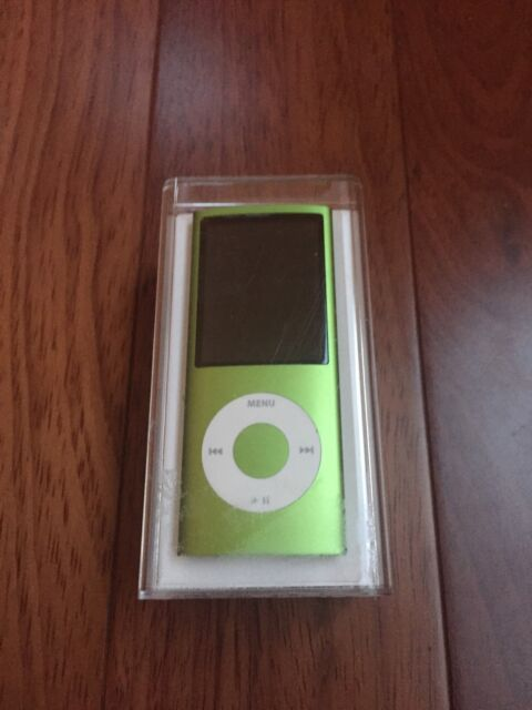Apple 8GB iPod Nano 4th Generation Green