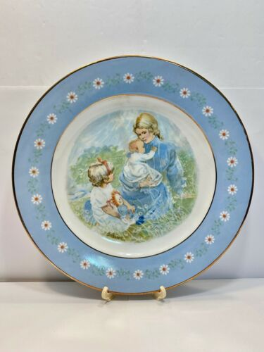 Vintage AVON Tenderness Collector Plate -  Nice Plate In Original Box *Mother*