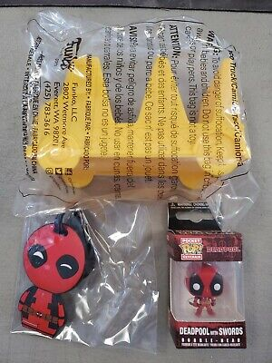 Funko Pop! Pocket Keychain Deadpool with Swords and Extras