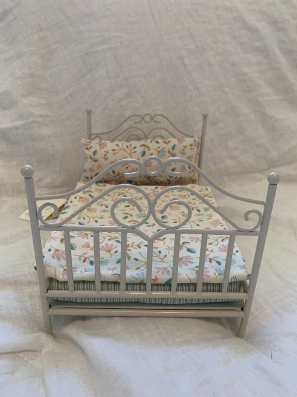 Rare DISCONTINUED Maileg Dollhouse Furniture - Micro Vintage Mouse Bed