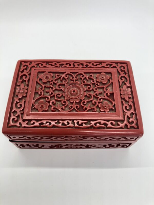 Vintage Cinnabar Red Laquer Carved Trinket Box Flowers Scroll Design China