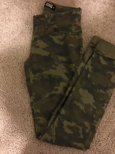 Brand new size 0 camp skinny jeans