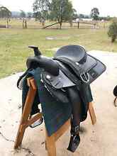16 inch western saddle Thagoona Ipswich City Preview