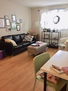 APRIL - Bright, Spacious 1bd in Secure Bldg, So Central!