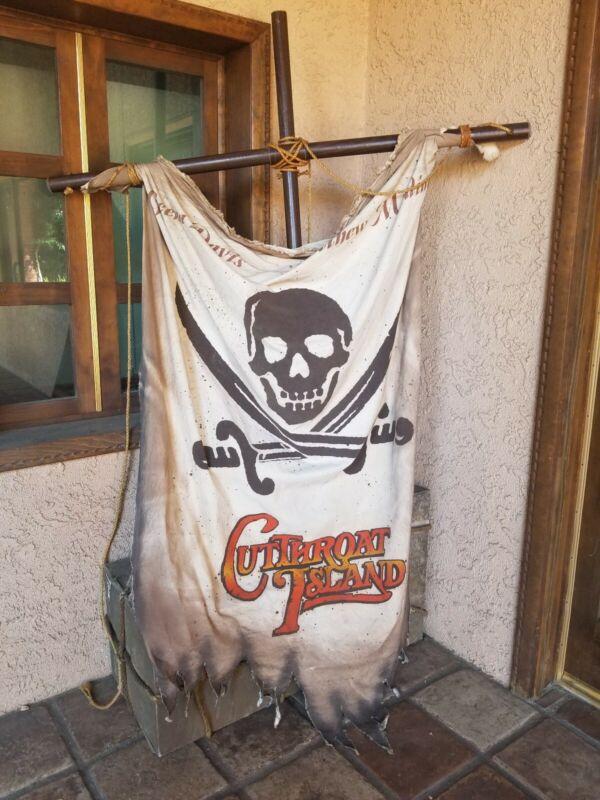 Movie Promo Display Prop Cutthroat Island Pirate Flag Skull and Crossbones