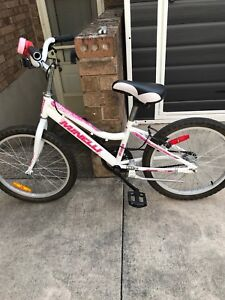 """20"""" Minnelli Girls Bicycle - brand new condition $65.00OBO"""