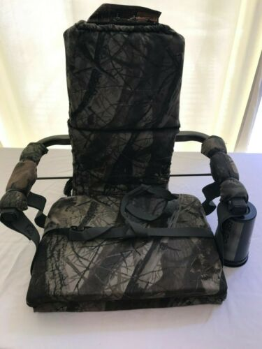 Outdoors Photography Chair, Easily fastens to Tree