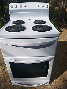 WESTINGHOUSE 60CM FAN FORCED ELECTRIC OVEN / STOVE Windsor Gardens Port Adelaide Area Preview
