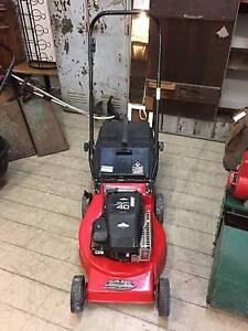 Used ROVER Quattro 40 Briggs & stratton Lawn Mower Lawnmower Queenstown Port Adelaide Area Preview