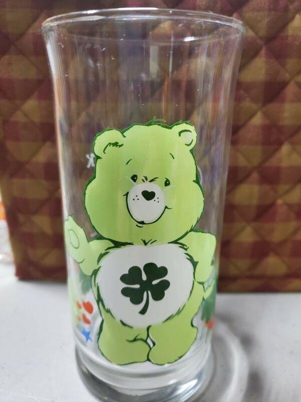 GOOD LUCK BEAR Pizza Hut Care Bears Glass 1983