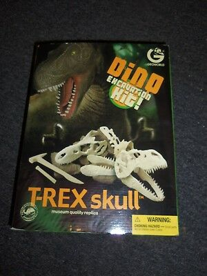 2007 Geoworld Dino Excavation Kit T-Rex Skull - Dino Excavation Kit