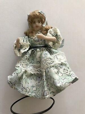Doll's House Little Girl Doll In Classic Flowery Outfit On Removable Stand