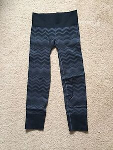Lululemon ebb to street pants size 6