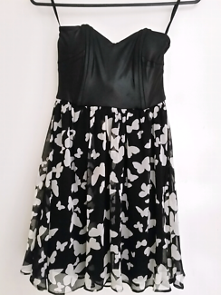 Assorted dresses size 8/small