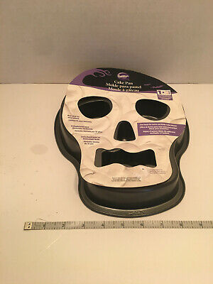 NEW Wilton Skull Head Non Stick Cake Pan Halloween Day of the Dead Party - Skull Cake Pan