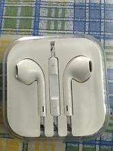 Ear phones for iphone Chadstone Monash Area Preview