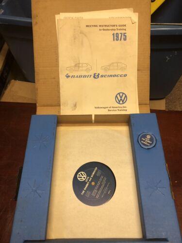 """Volkswagen 1975 Dealer Training Kit """"rabbit Scirocco"""" 42-004718-1"""