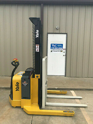 2008 Yale Walkie Stacker - Walk Behind Forklift - Straddle Lift Only 3318 Hours