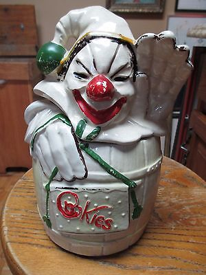 Vintage 1950's McCoy USA Clown in Yellow Barrel Cookie Jar