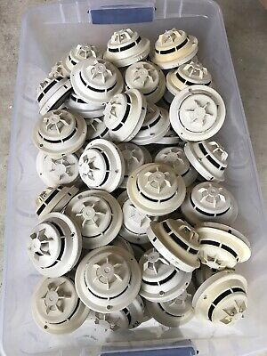 Siemens Fp-11 Smoke Detector Heads With Base Db-11 Used Read Description