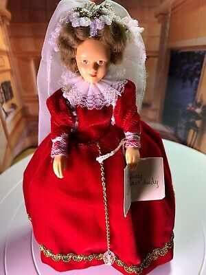 Peggy Nidbet Model H202 Elizabethan Lady